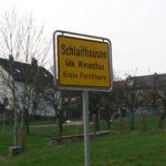 Ortsschild Klassische-Lokalität-Schlaifhausen